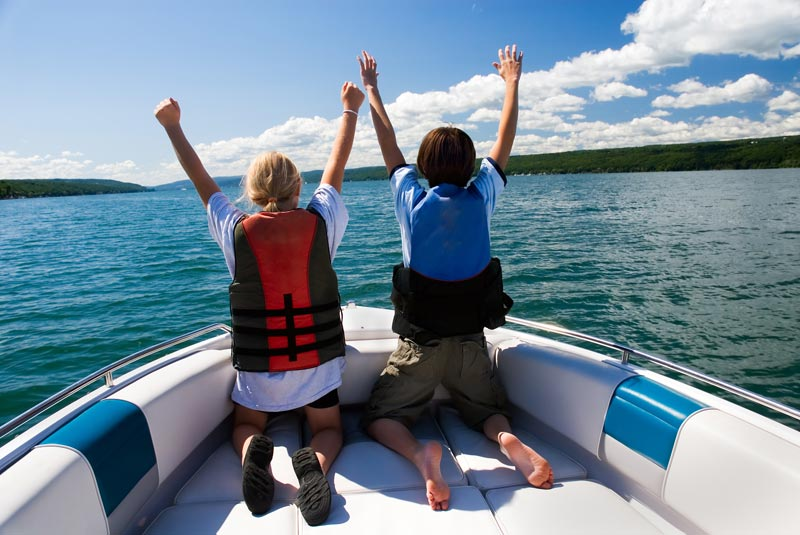 Tips for Renting a Boat with Kids